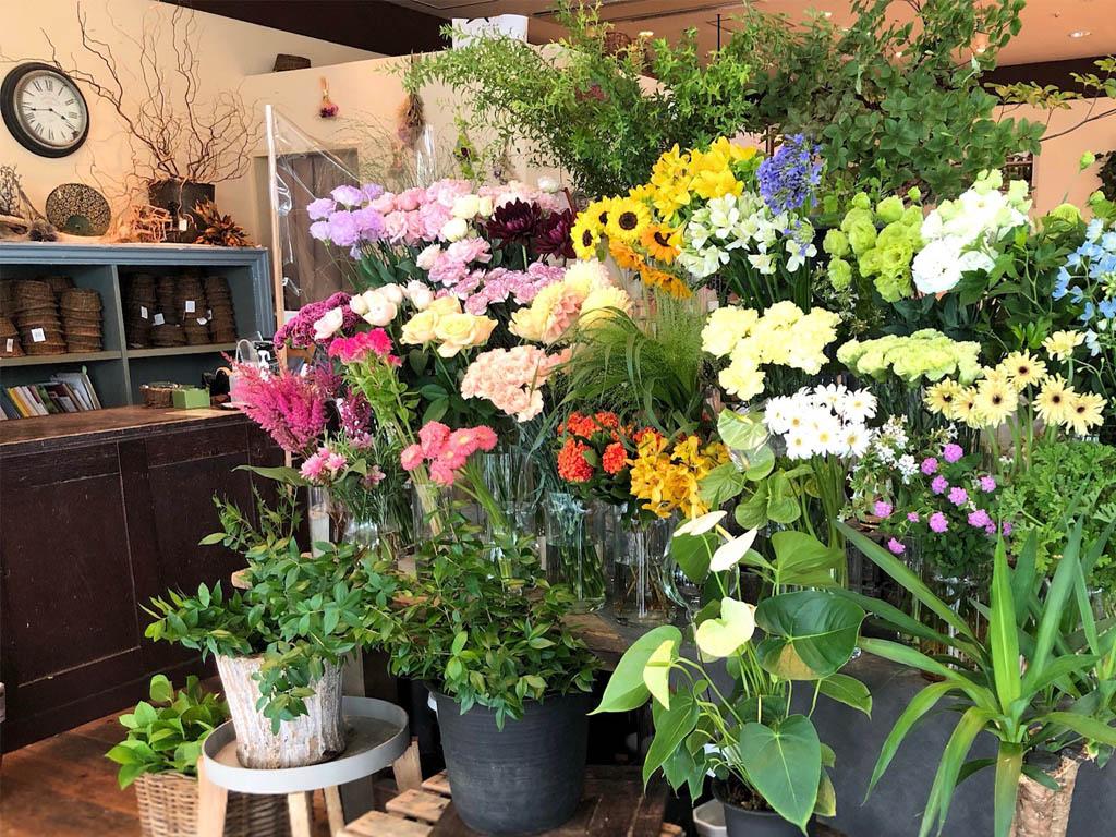 近くの花屋 レミルフォイユドゥリベルテ 大崎店